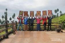 Spot Oke Untuk Menyaksikan Keindahan Gunung Sindoro dan Sumbing