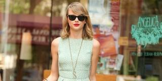 Bocah Leukimia Ini Dapat Ciuman Gratis Dari Taylor Swift