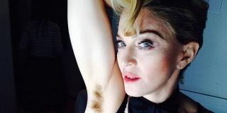 Idih, Madonna Bangga Pamer Ketiak Berbulu