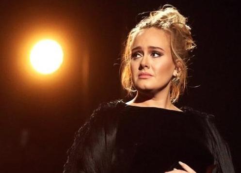 Adele Akan Rilis Lagu Tentang Perceraiannya?!
