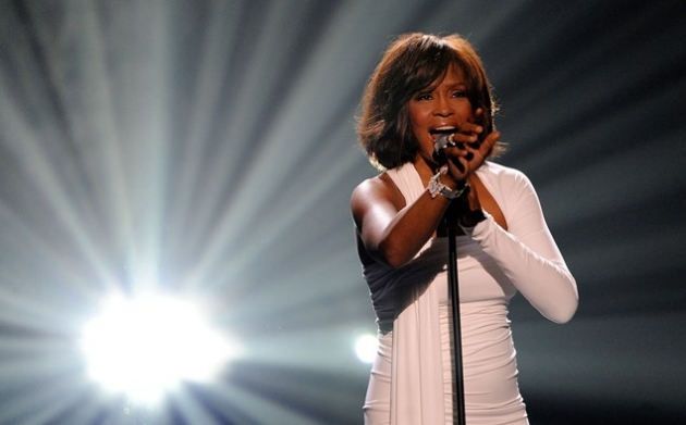 Whitney Houston Akan Tur Lewat Hologram??