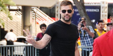 Gara-Gara Lagu Piala Dunia, Ricky Martin Dituntut Rp 117 M