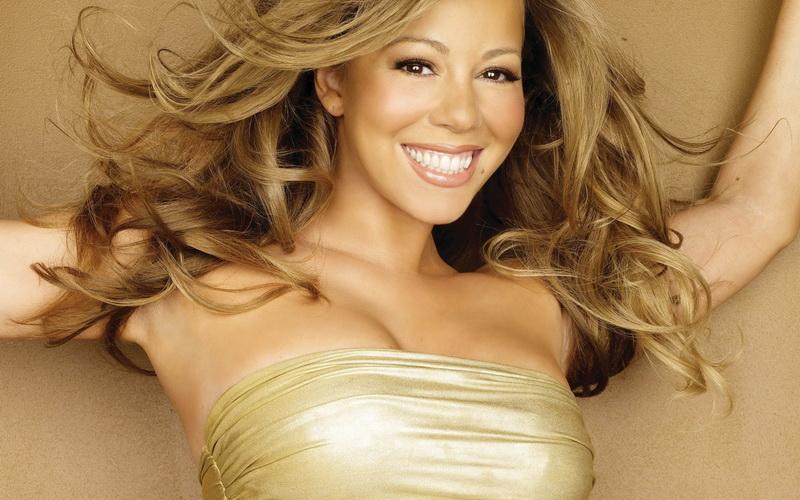 Sambut Natal, Mariah Carey Meluncurkan Lipstik Nude