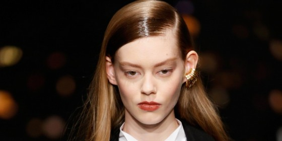 Sontek Gaya Rambut ala Model di Fashion Week