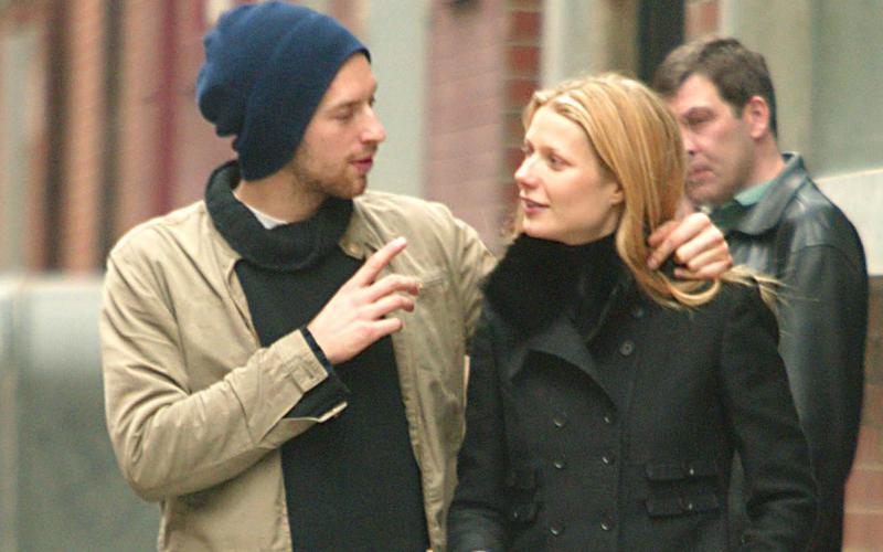 Chris Martin Resmi Cerai dari Gwyneth Paltrow