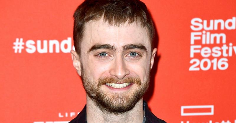 Daniel Radcliffe Ungakap Enggan Hadiri Pentas Harry Potter and the Cursed Child