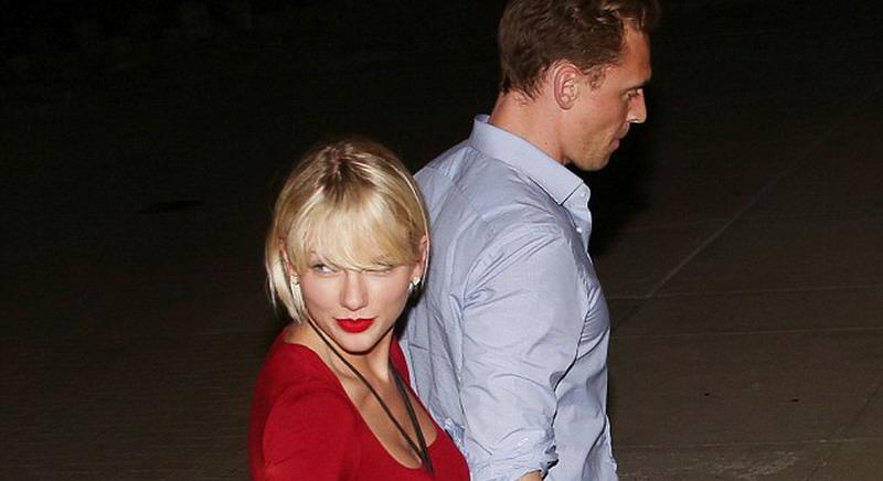 Taylor Swift Pamer Kemesraan dengan Tom Hiddleston