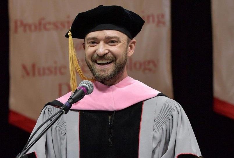 Justin Timberlake Terima Gelar Doktor!