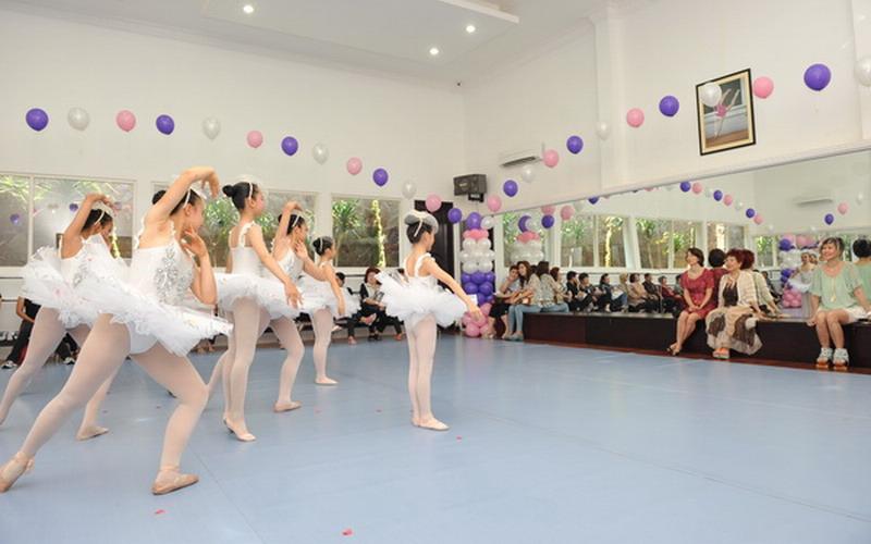Usia 2 Tahun Anak Dikenalkan Balet akan Tumbuh Disiplin