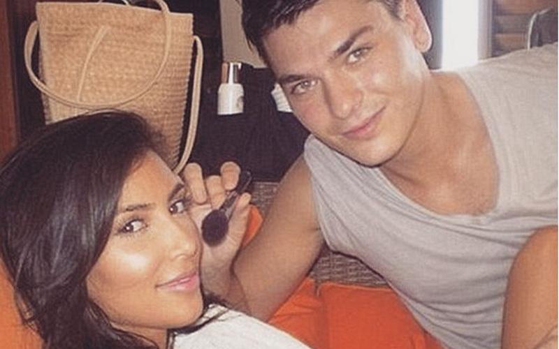 Wow, Kelas Make-Up Kim Kardashian Dibanderol Rp23 Juta!