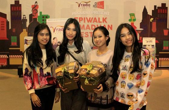 Uni(x) di Epiwalk Ramadhan Festive